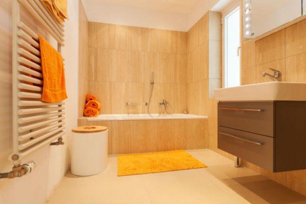 Handtuchheizung im Badezimmer