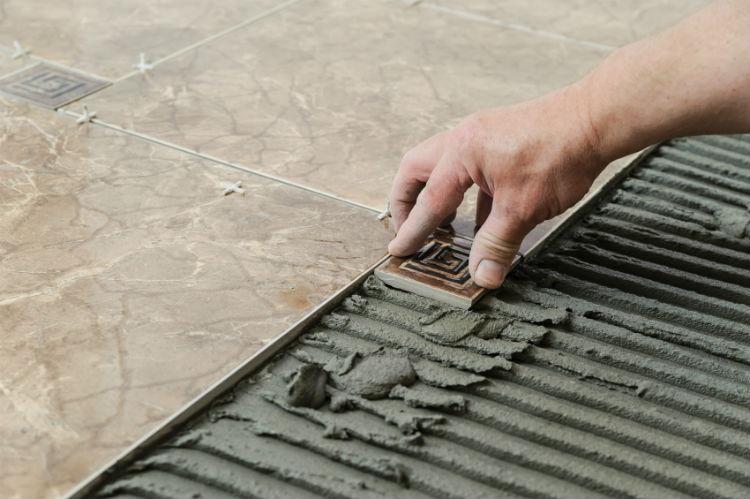 Fliesen Verlegen Anleitung Wand : ein fliesenboden macht nicht nur optisch etwas her er ist auch ...