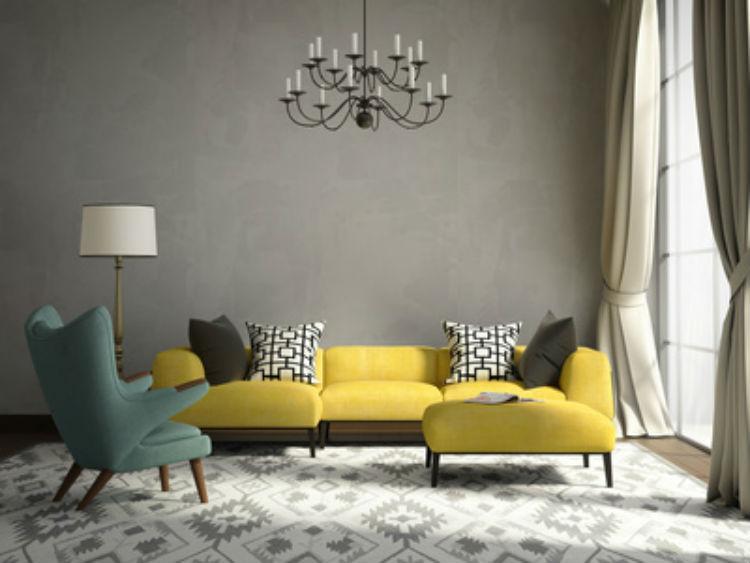 Gelbes Sofa im Wohnzimmer