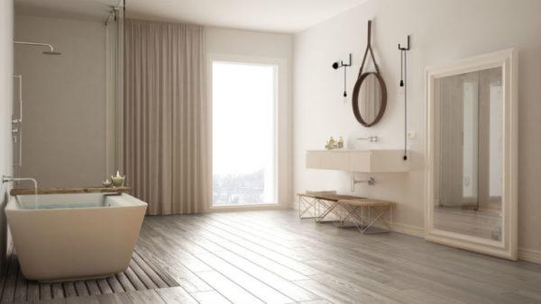 Schlichtes Badezimmer im skandinavischen Stil
