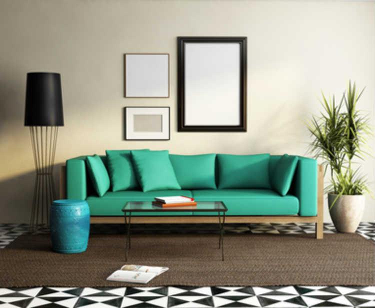 Wohnzimmer mit mintgrünem Sofa