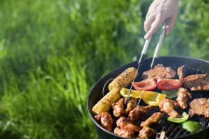 Grillen mit leckerem Fleisch und Paprika