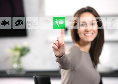 Per Touchscreen lassen sich in der Küche der Zukunft Lebensmittel nachbestellen