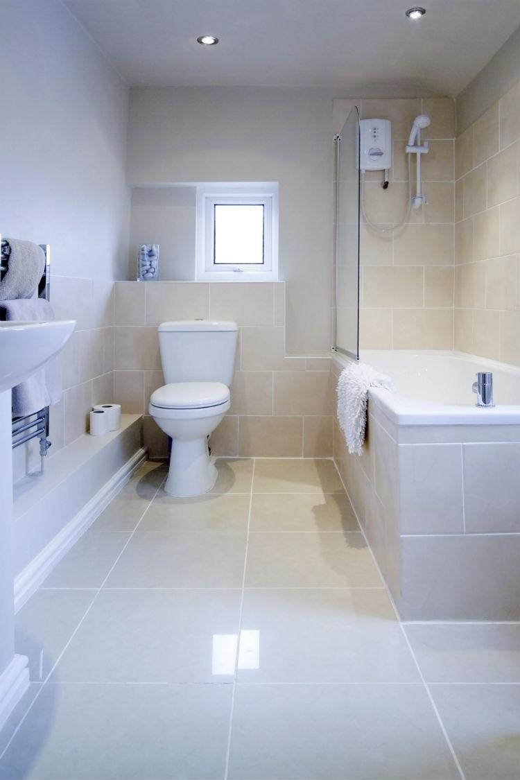Badezimmer Einrichten Bilder: Badmöbel Objekte einrichten durch ...