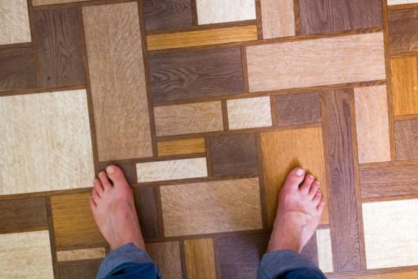Linoleum Fußboden in moderner Holzoptik