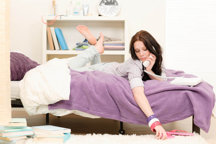 studenten wg zimmer wohnlich einrichten wohnungs. Black Bedroom Furniture Sets. Home Design Ideas