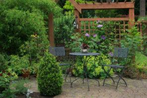 Terrasse umgestalten: neue Gartenmöbel – neuer Look