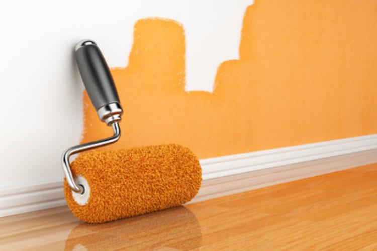 Orange ist nicht jedermanns Farbe - daher muss die Wohnung in bestimmten Fällen beim Auszug gestrichen werden