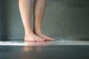 Dusch-Trends: Wie ebenerdige Duschen das Badezimmer in eine Wohlfühloase verwandeln