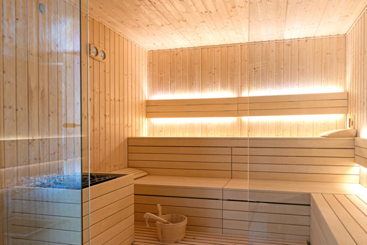 Hochwertige Sauna von innen