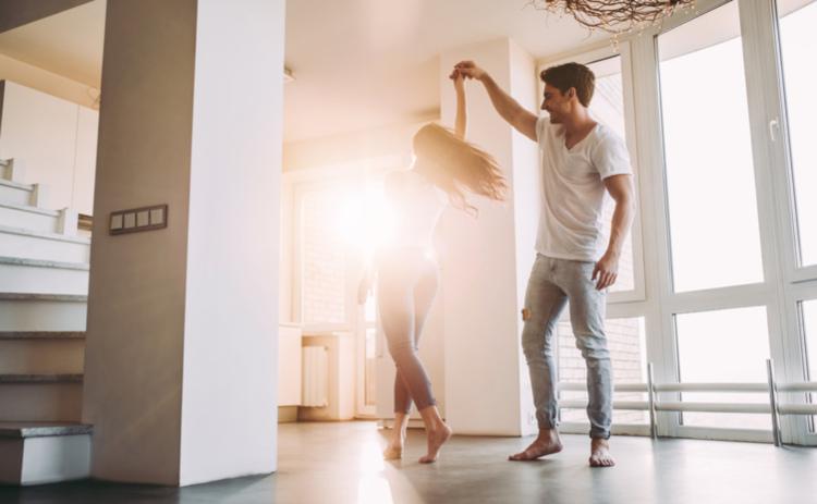 Erste gemeinsame Wohnung einrichten - 5 Tipps für den ...