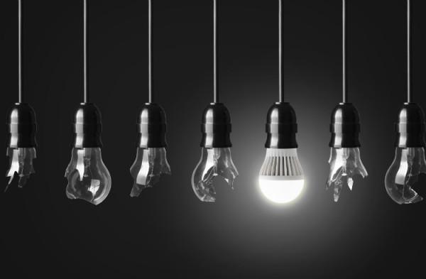 LED ersetzt GlühbiRne mit App Steuerung